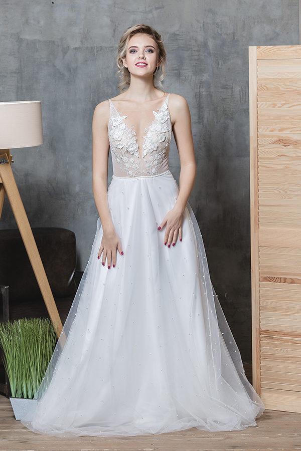 свадебное платье от салона Glamour Днепр 2019 год, фото свадебного платья 2019, платье для невесты 2019
