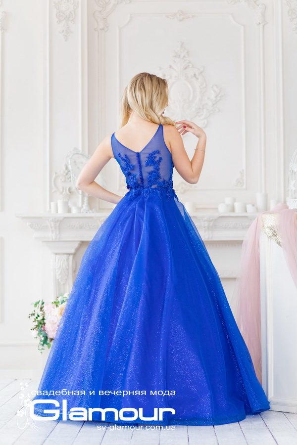Вечернее платье яркого синего цвета. Изысканное кружево в сочетании с трендовой тканью глиттер. прекрасный выбор для празднечного мероприятия, выпускного бала.