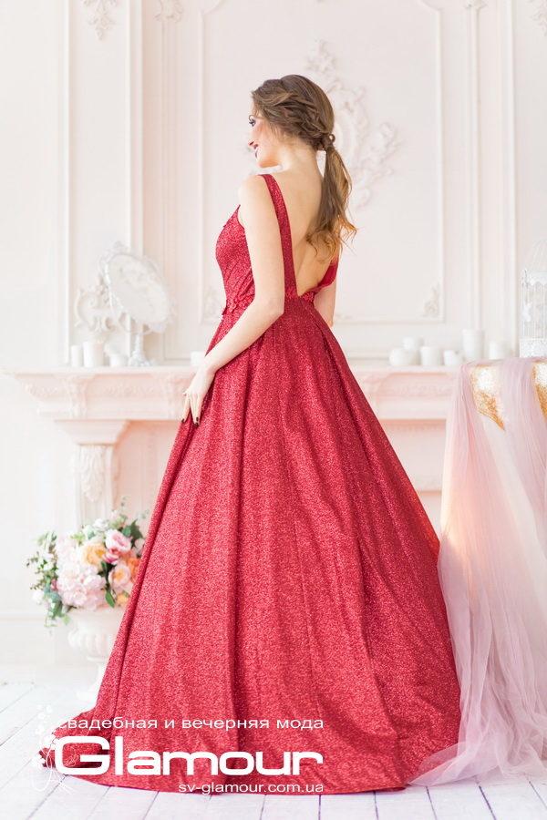 Красное выпускное платье. Красное свадебное платье. Шикарное свадебное платье для выпускницы.