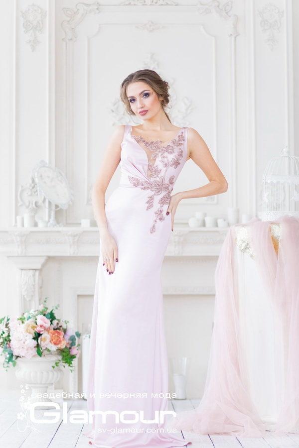 Нежно розовое вечернее платье,трапеция. Днепр.