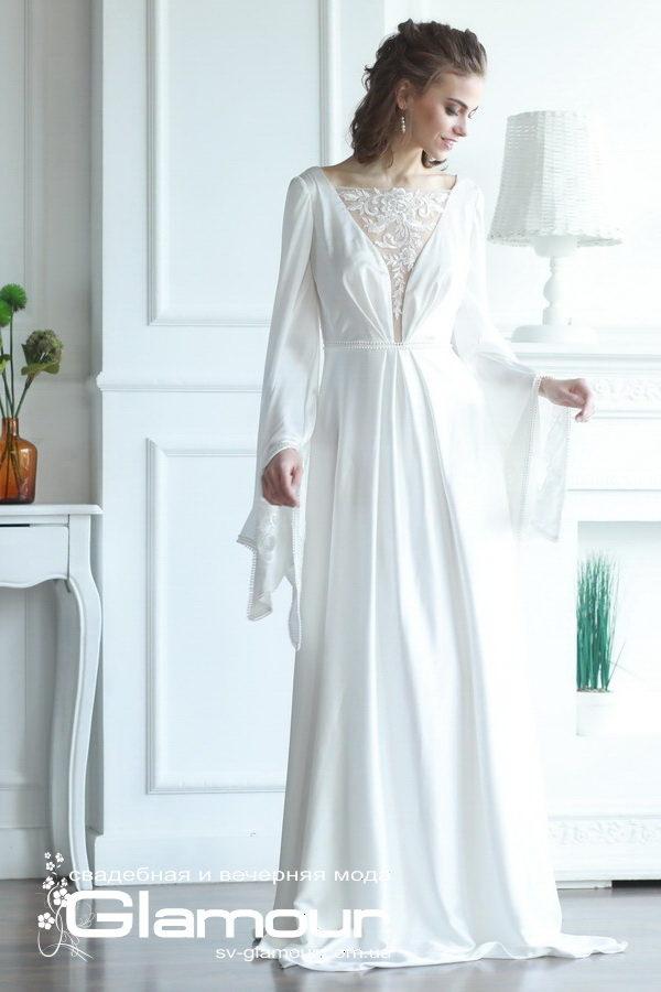 Длинное белое свадебное платье