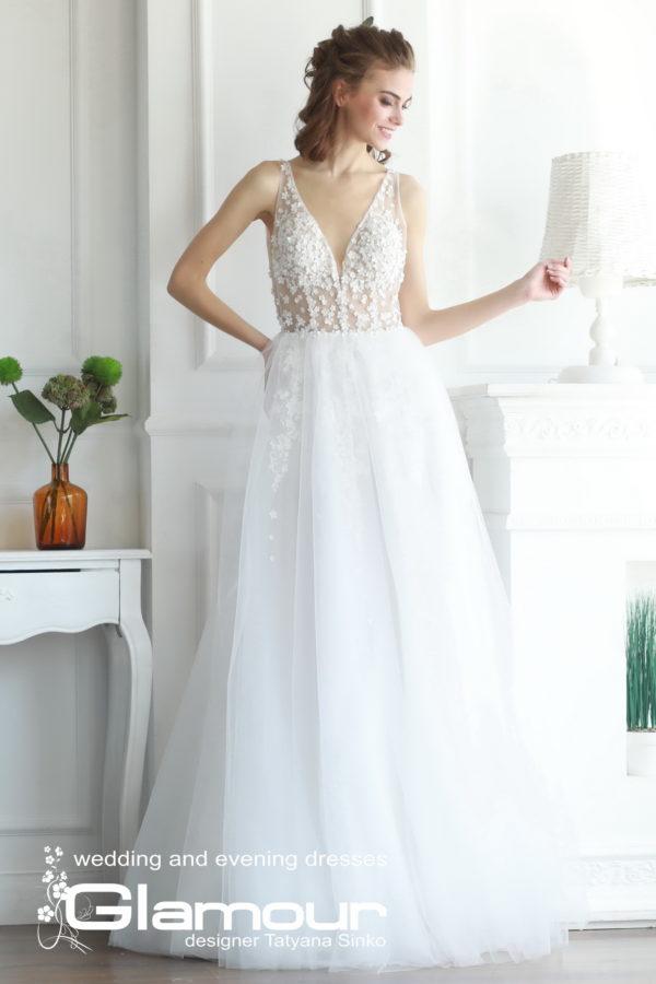 Свадебное дизайнерское платье из кружева, тюли и фатина